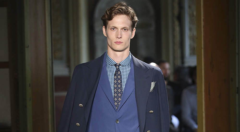 Stella Mc Cartney launches its first menswear collection between functionality and sustainability