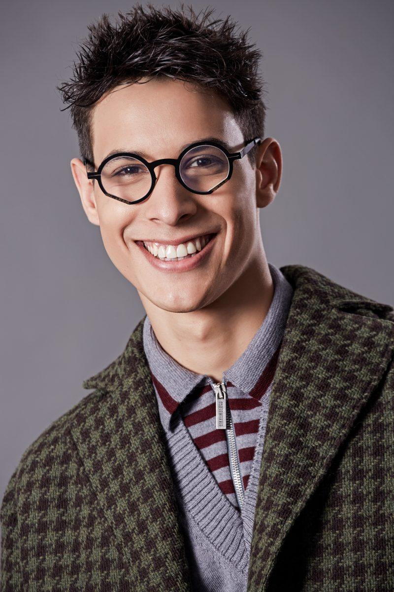 Coat Doppiaa, sweater Bikkembergs, glasses Pugnale,