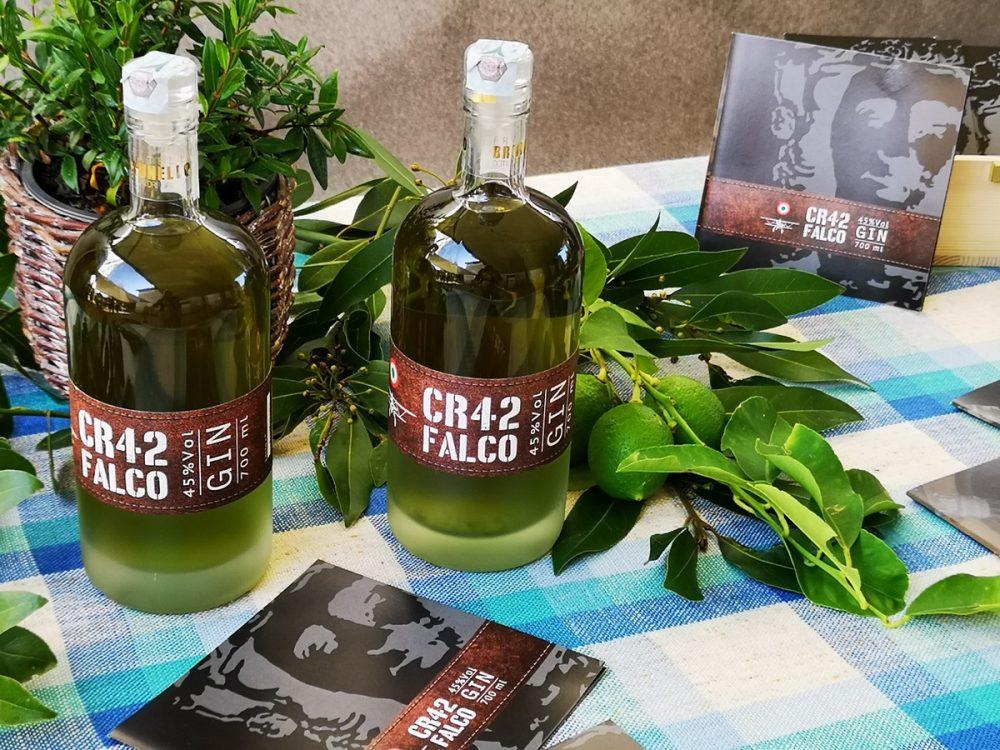 CR42 FALCO: il nuovo gin dedicato a Giandomenico Brunello  e al suo biplano della Seconda Guerra Mondiale