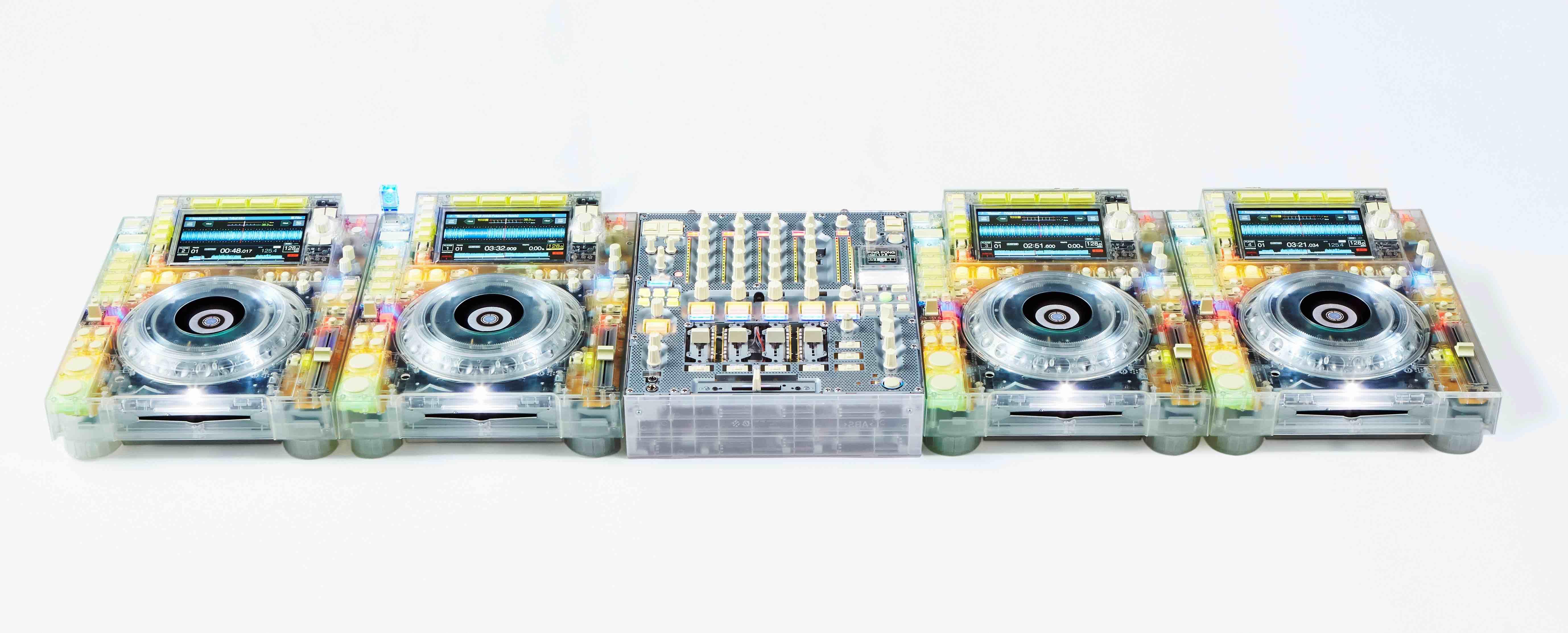 Virgil Abloh x Pioneer DJ