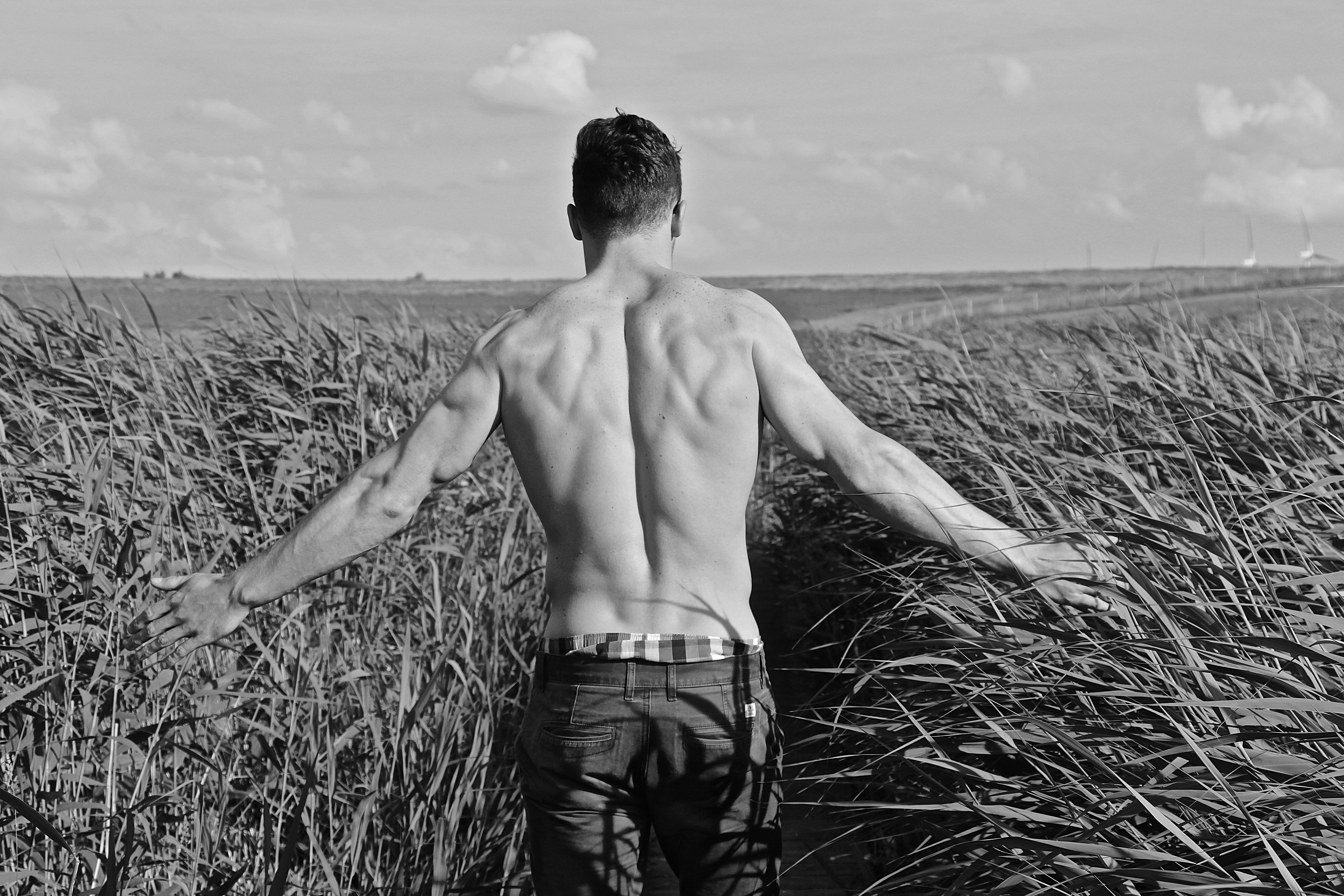 'Il nudo maschile nella fotografia e nella moda' di Leonardo Iuffrida