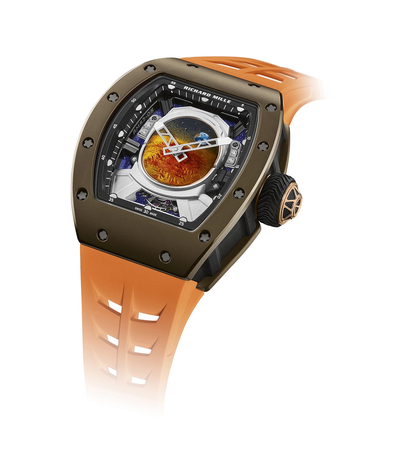 richard-mille-x-pharrell-williams-colab-orologio-cinturino-arancione