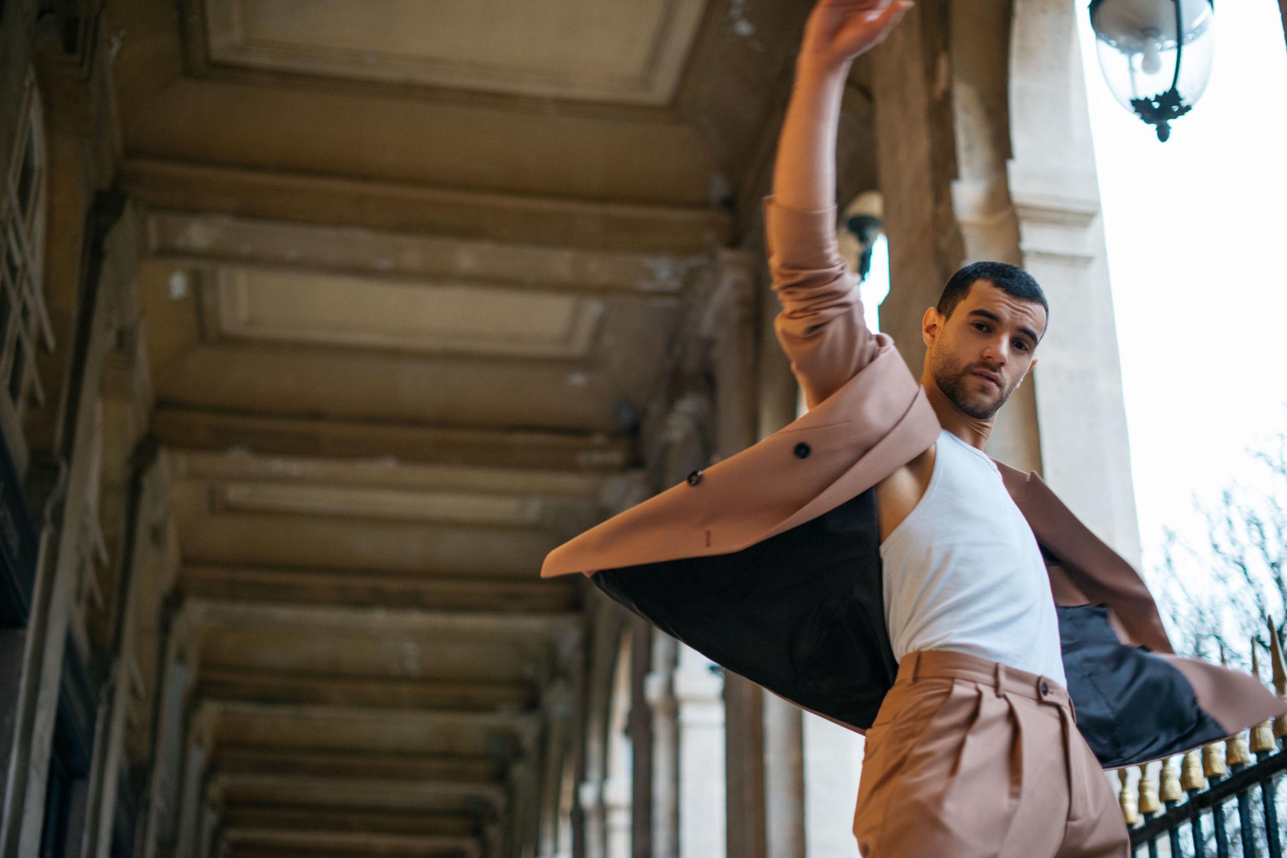 Andreas Geisen, between social and dance