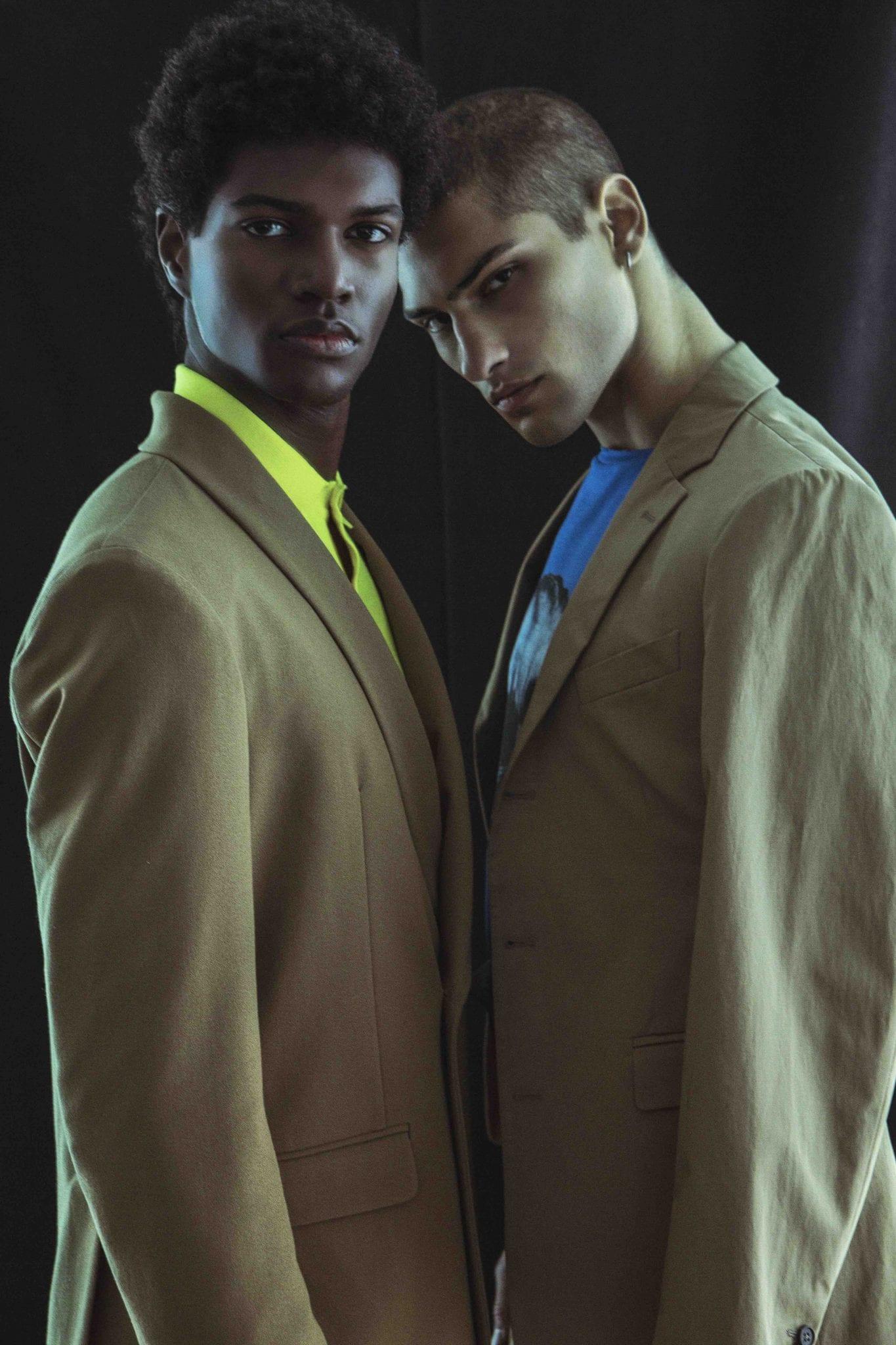 LUCAS: Suit Marsem, polo Doppiaa; JORDAN: Total look Frankie Morello