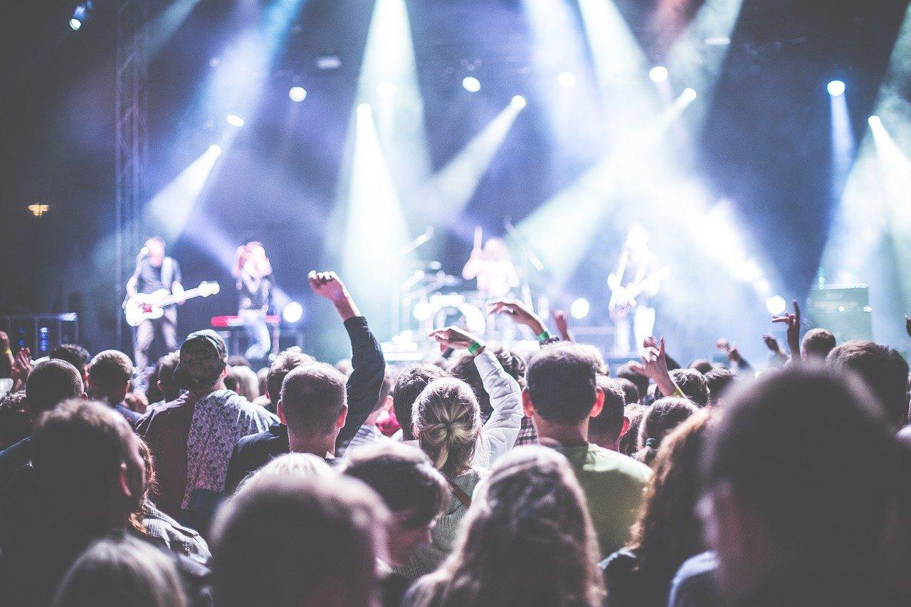 Marco Mengoni: canzoni, instagram e vita privata