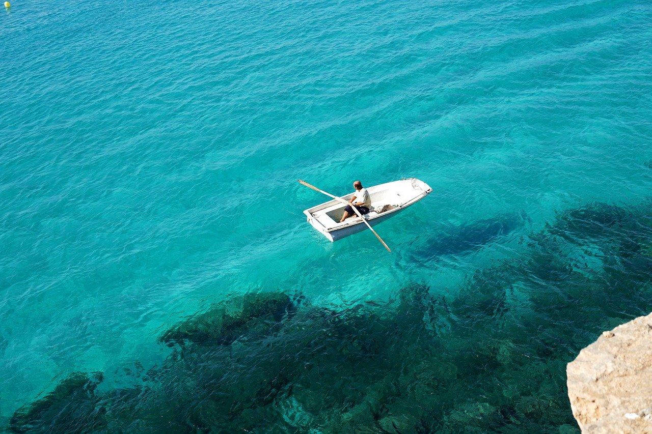 Formentera: appartamenti, hotel, spiagge, voli e meteo