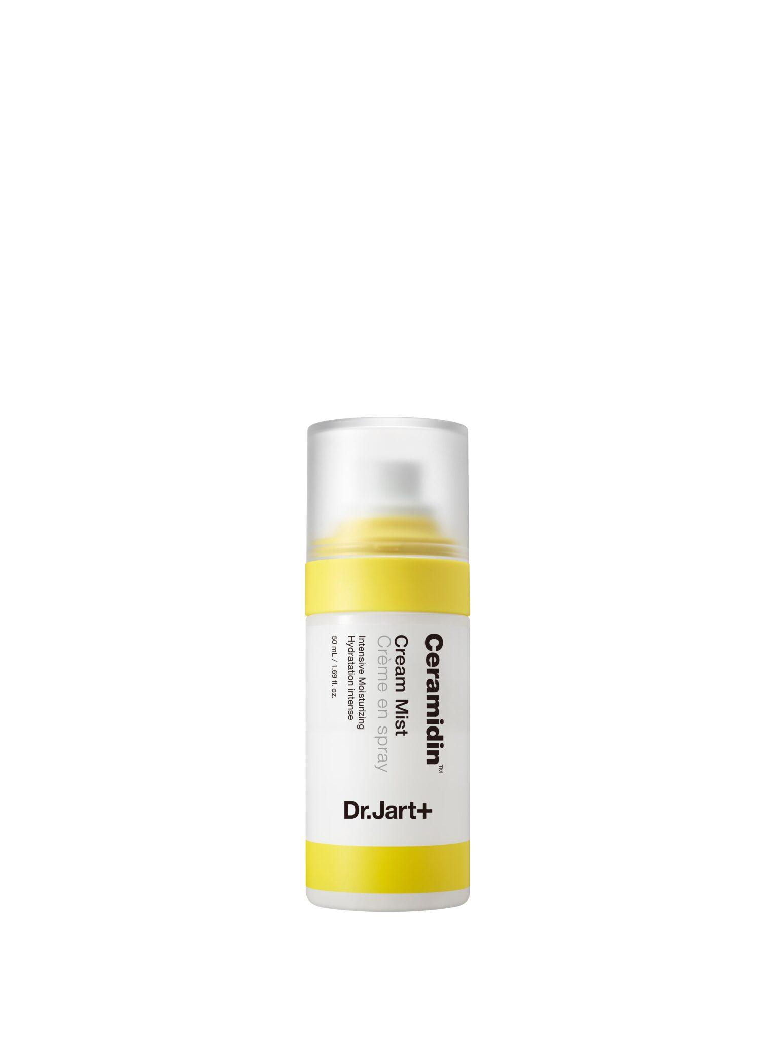 L'acqua spray idratante Dr.Jart con ceramidi da spruzzare sul viso in primavera per un'immediata sensazione di freschezza