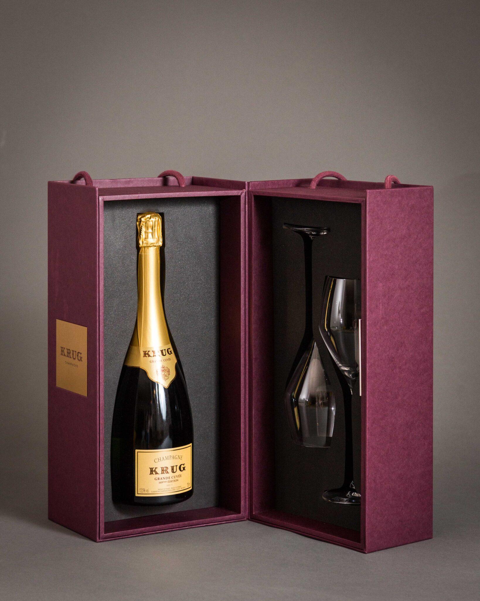 Cofanetto con bottiglia di Champagne Krug e due flûte