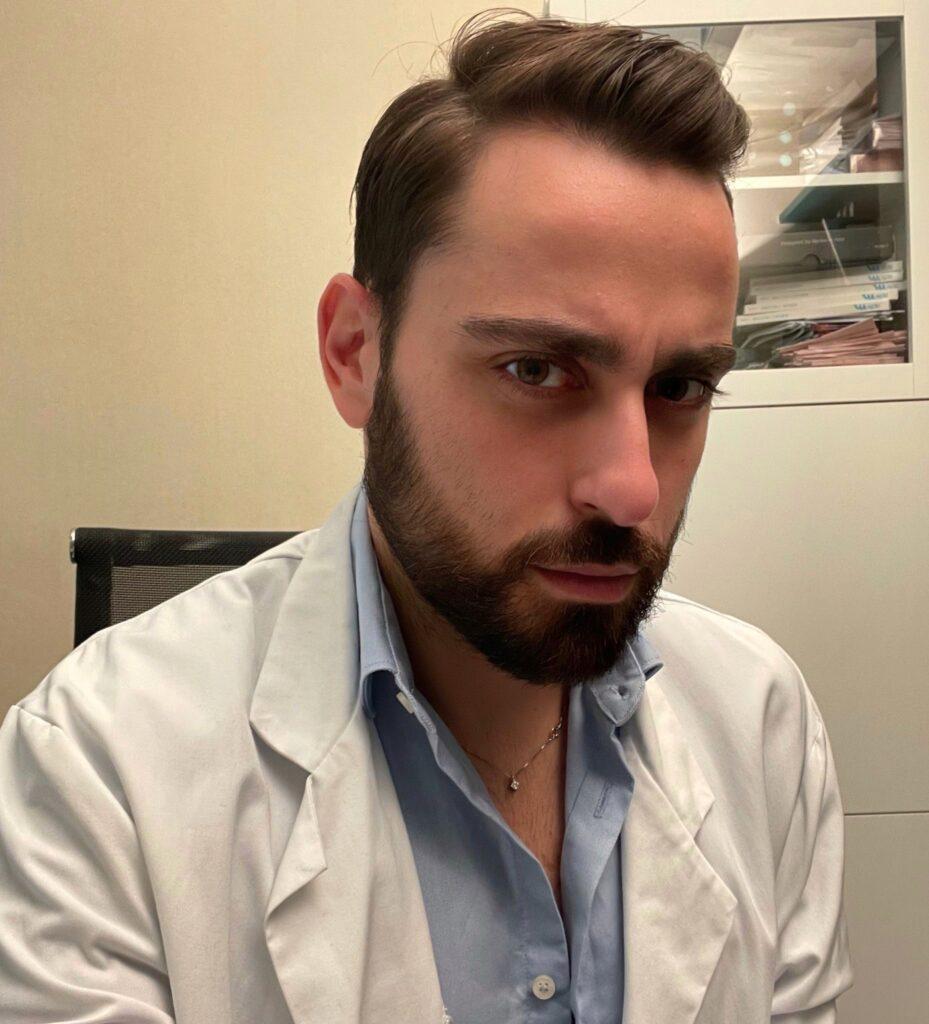 Il Dott. Emanuele Bevilacqua, chirurgo e specialista di medicina estetica