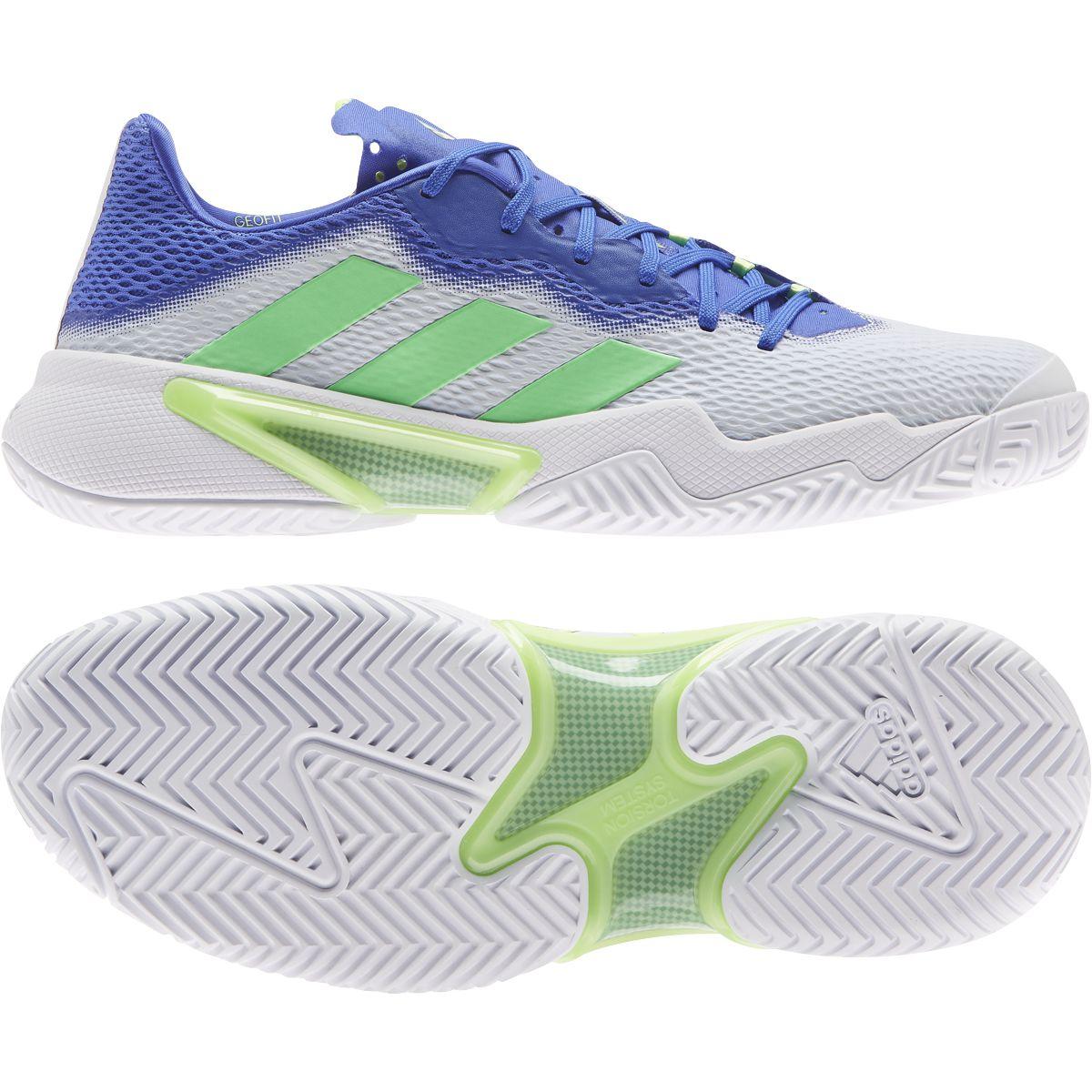 Comfort, leggerezza e velocità con le nuove Adidas Barricade nella versione azzurro e verde