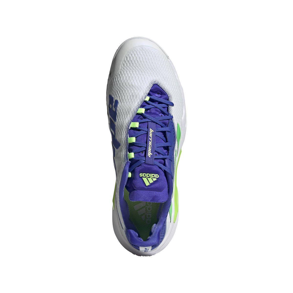 L'iconica linea delle scarpe Adidas Barricade