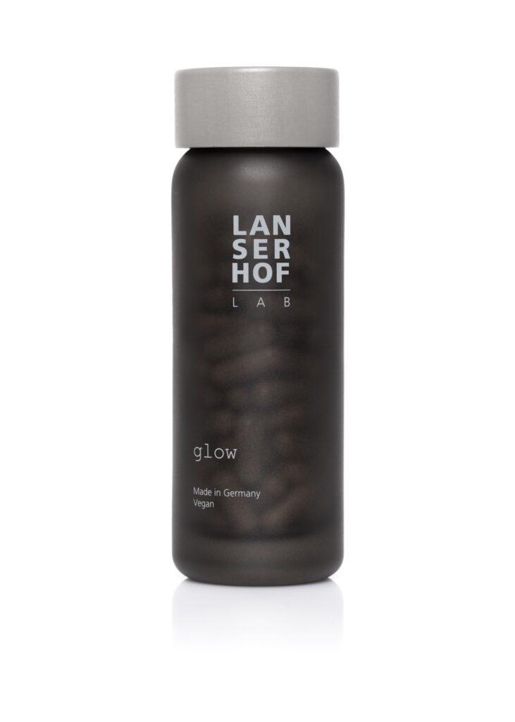 L'integratore Lasenhof è ottimo sempre, in particolare d'estate: contiene Q10, selenio e betacarotene che forniscono antiossidanti per la pelle