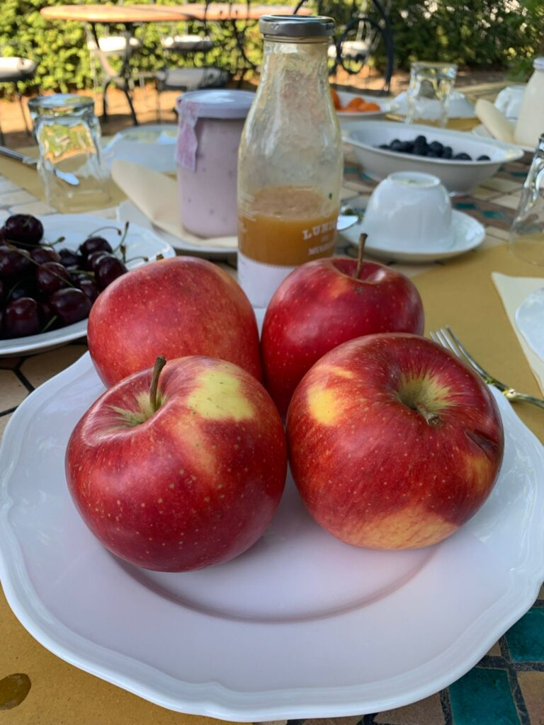 Tenuta Casenuove: frutta fresca per la colazione in agriturismo