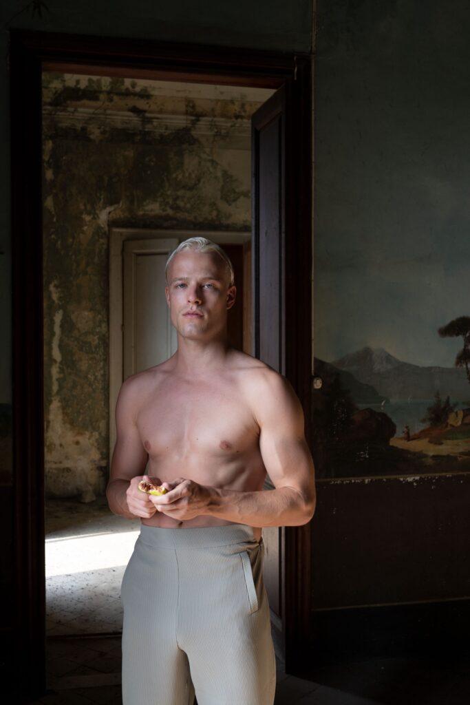 Un'immagine del progetto fotografico di Oreste Monaco 'Second Life'