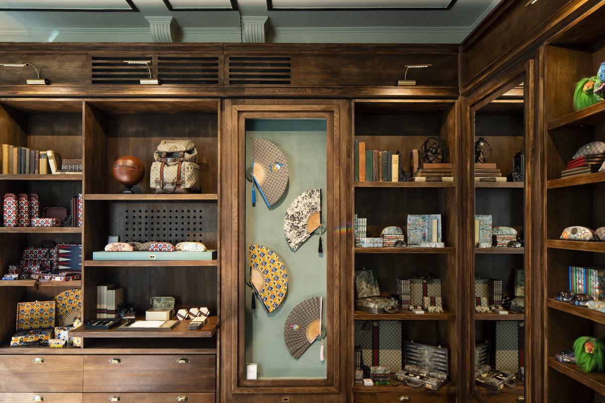 L'interno della Cartoleria Gucci, inaugurata per la Milano Design Week 2021