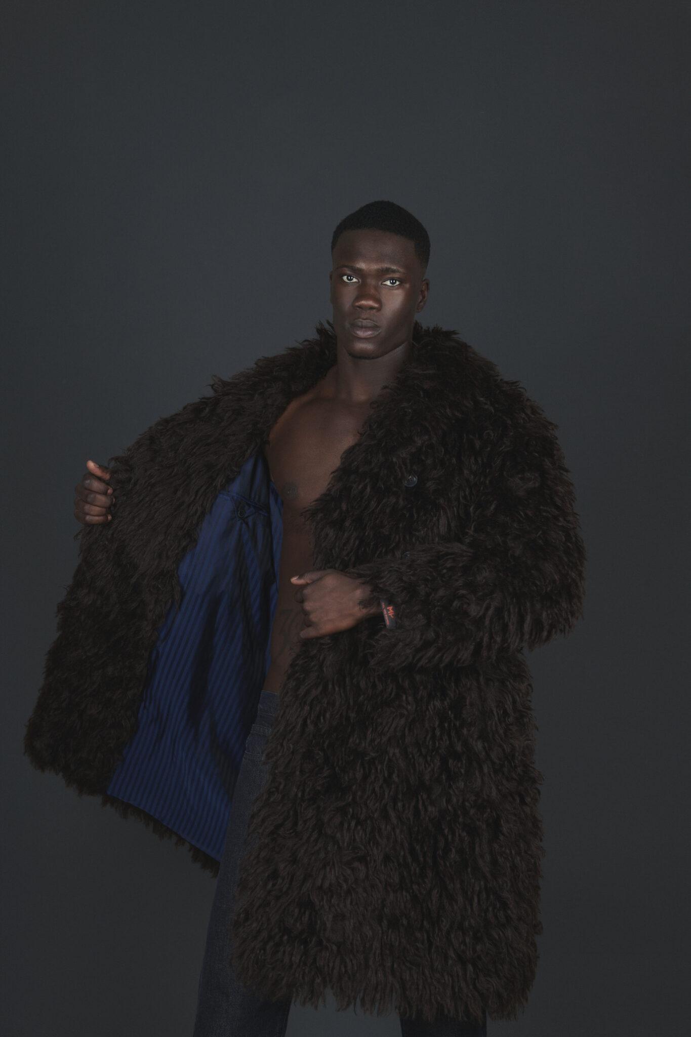 Cappotto in lana mohair della collezione Massimo Piombo per Understatement Milano