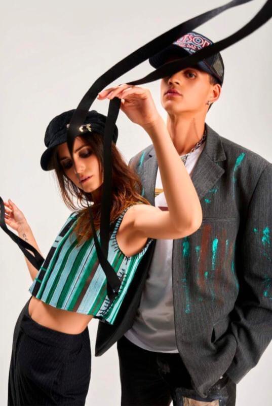 Uno scatto che rappresenta l'idea di moda di Lorenzo Sabatini: mix and match, creatività e sostenibilità