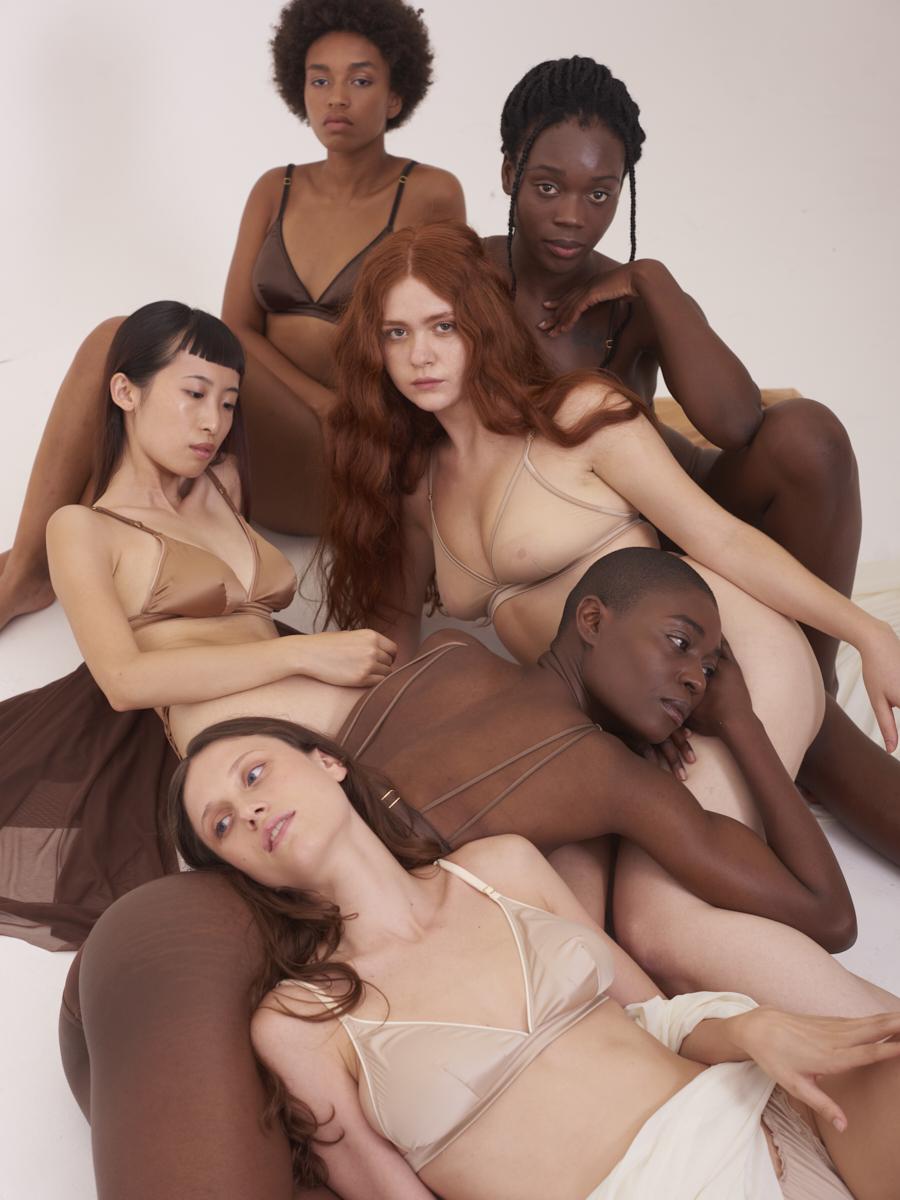 """""""TIT'S UP"""" è la nuova campagna di Chitè Milano – la prima lingerie sartoriale Made In Italy"""